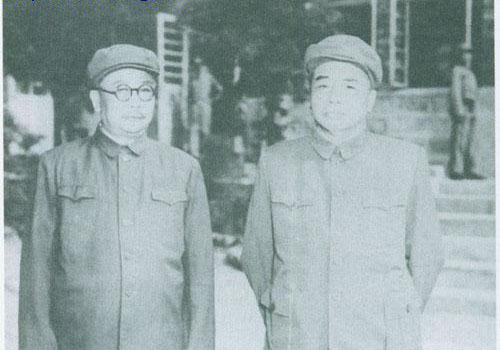 该开国上将不会带兵打仗 毛泽东为何说他能抵一个军