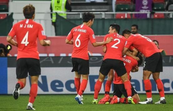 亚洲杯8强出炉!国足PK伊朗 黑马或掀翻韩国