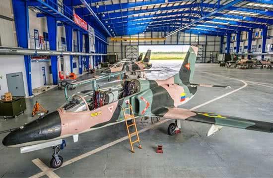 这国电网遭袭,中国产战机或升空巡逻,但最好用的还是彩虹无人机