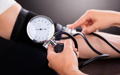 高血压兼并心脏病,日常日子中应该留意什么?一文为你说清楚