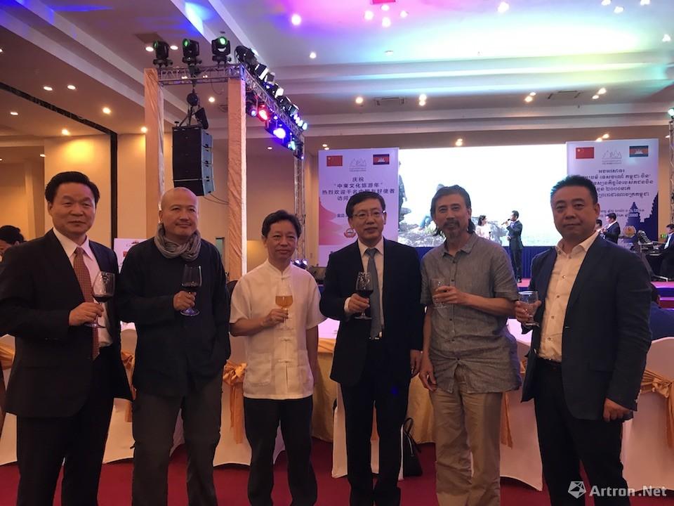 中柬文化旅游友好交流大会举行  中国艺术家受重要领导及大使接见