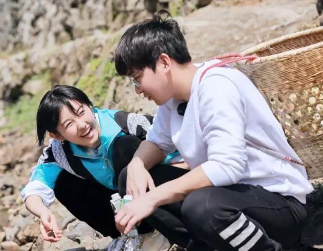 张子枫在冷峭的真人秀里大受欢迎理由有三个个很珍贵
