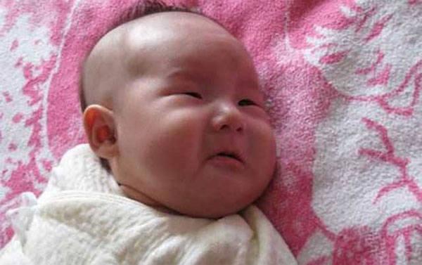 宝宝一离开妈妈就哭?面对黏人宝宝,妈妈的做法影响他一生