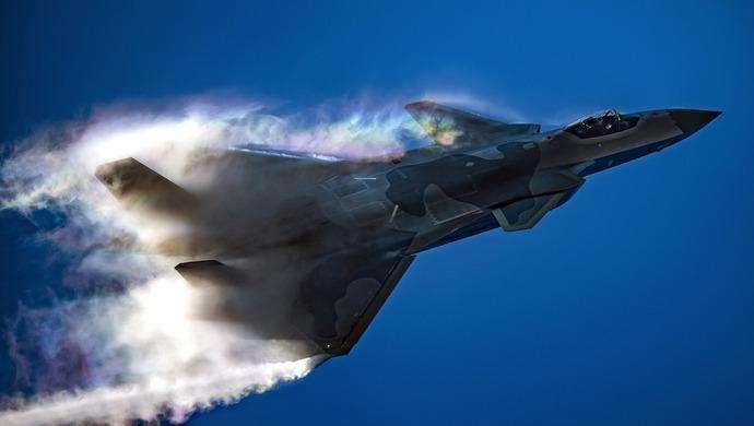 <b>歼20,对阵F-22依然占上风,只因杨伟院士团队的两项技术</b>