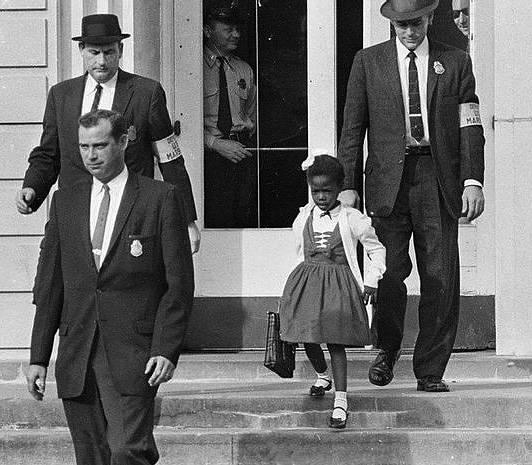 1960年,美國南方第一個進入白人小學的非裔美國人ruby bridges.圖片
