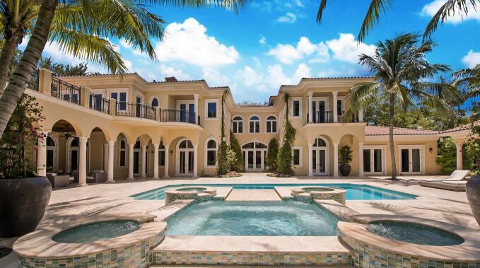 泰勒-约翰逊以435万美元卖掉迈阿密南郊豪宅,单身汉公寓,单身汉,单身男子俱乐部,青海地图,青海的省会,青海德令哈外星人遗址
