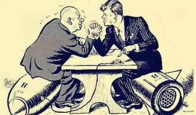 老布什早就晓得,用压垮苏联那套敷衍中国事行欠亨的
