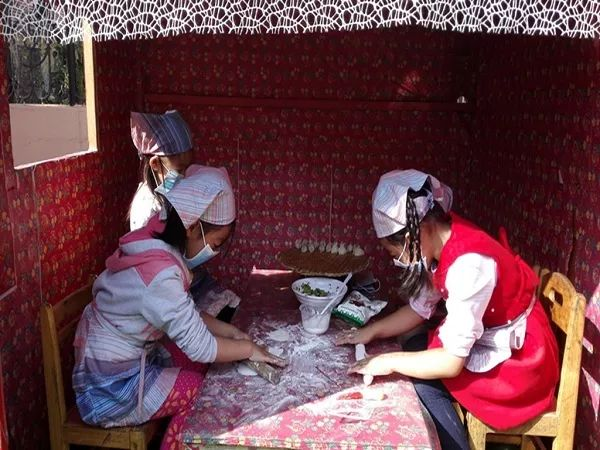 沽河街道孙受中心幼儿园将剪纸,葫芦绘画,沙画,纸浆画,石头画,瓶子画