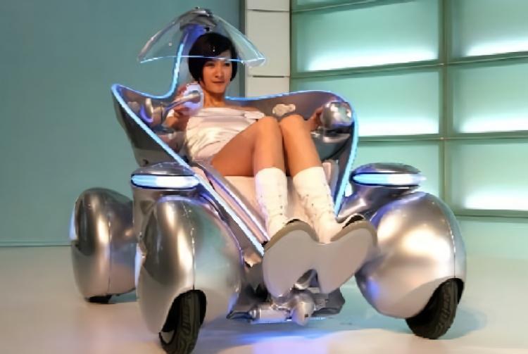 """日本发明首辆单人汽车,外形酷似""""黑客帝国"""",再不用买车位了!"""