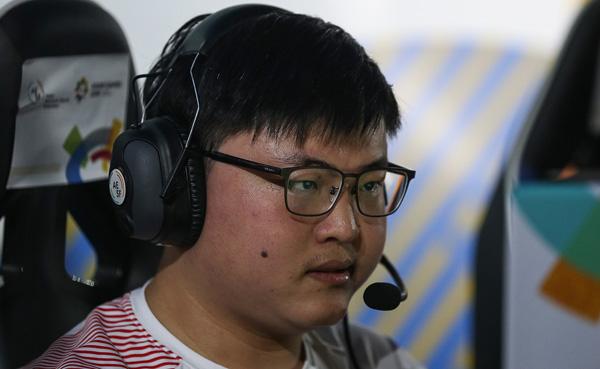 bob体育:2018十大体育人物:电竞冠军Uzi入选