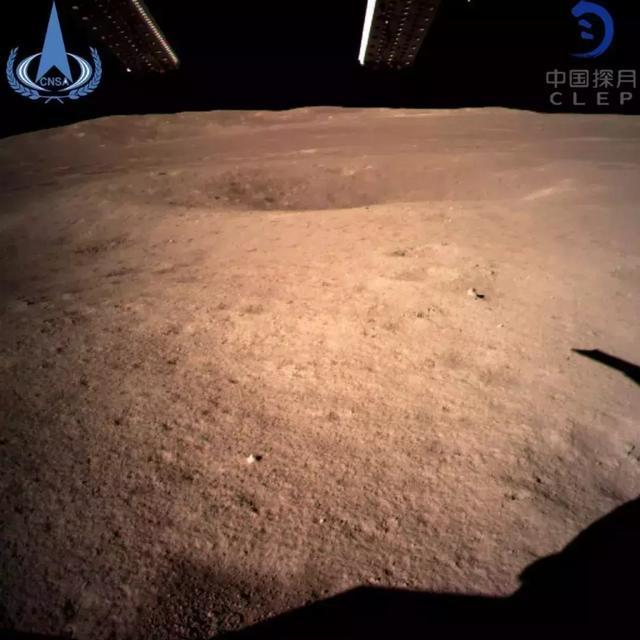我国的月球探测器,今天做到了人类史上的第一!
