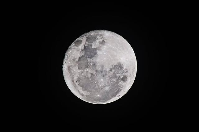 世界首次!玉兔二号喜登月背,中国的航天科普路在何方?