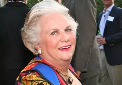 贝索斯前妻成全球第四女富豪,比她富三女性是谁?