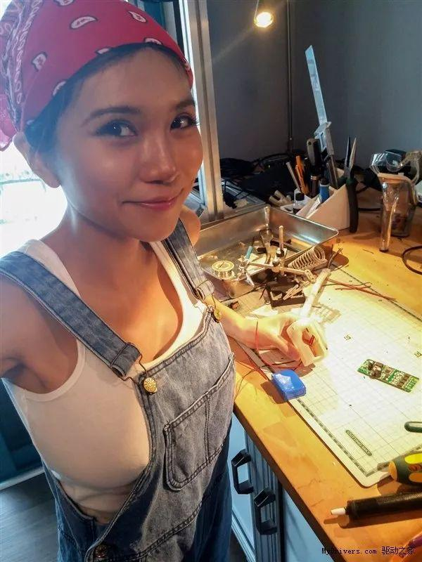 sexycyborg 她是中国最性感女创客,被骂荡妇,却靠脑洞征服千万老外!