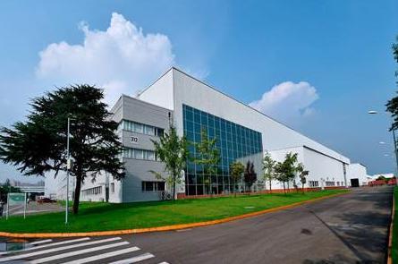 JETTA品牌总经理穆海乐身着中式礼服亮相成都,新捷达计划9月上市