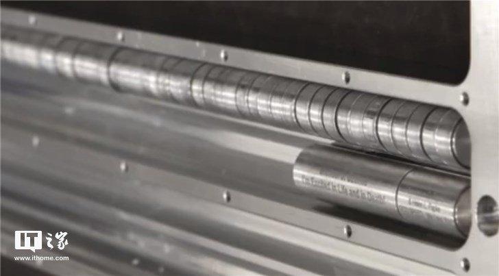 SpaceX将为152位逝者太空葬:骨灰装入金属胶囊,收费5000美元