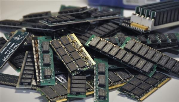 担心的还是来了 DDR4内存价格10个月来首次上涨