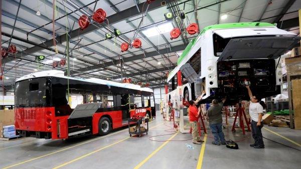 <b>美酝酿新法禁购中国列车和巴士 多方齐声反对</b>