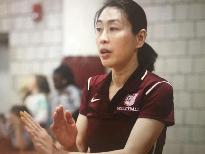 又一中國女排昔日國手疑出現在海外執教,近照曝光未離開排球