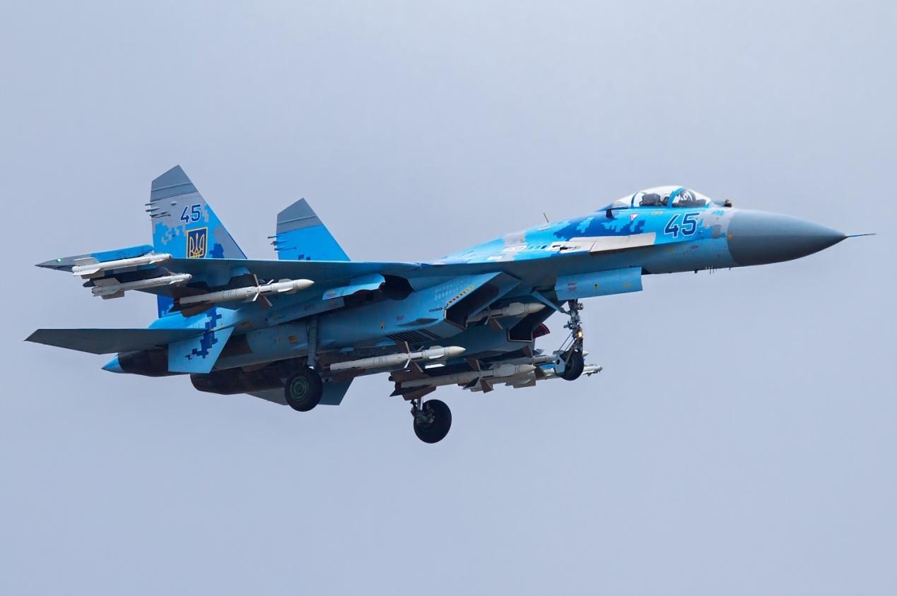F:\配图\乌克兰\Su-27-Ukraine.jpeg