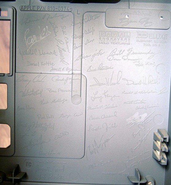 乔布斯的亲笔签名有众值钱?30 万旁边吧