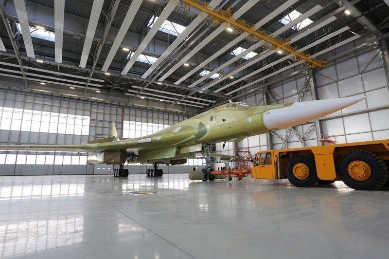俄罗斯开始生产图-160M2核战略轰炸机
