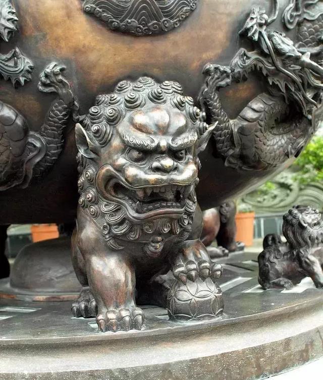 中国没有狮子,为什么中国人却喜欢在门口摆一
