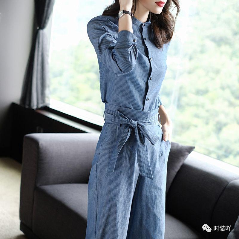清晰层次分明,整体设计样式修身塑形更显苗条纤细,更显女性优雅高贵的