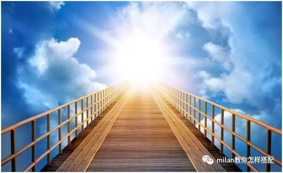 心理学:假如有四架天梯你会登上哪架?测出你上辈子有什么遗憾?