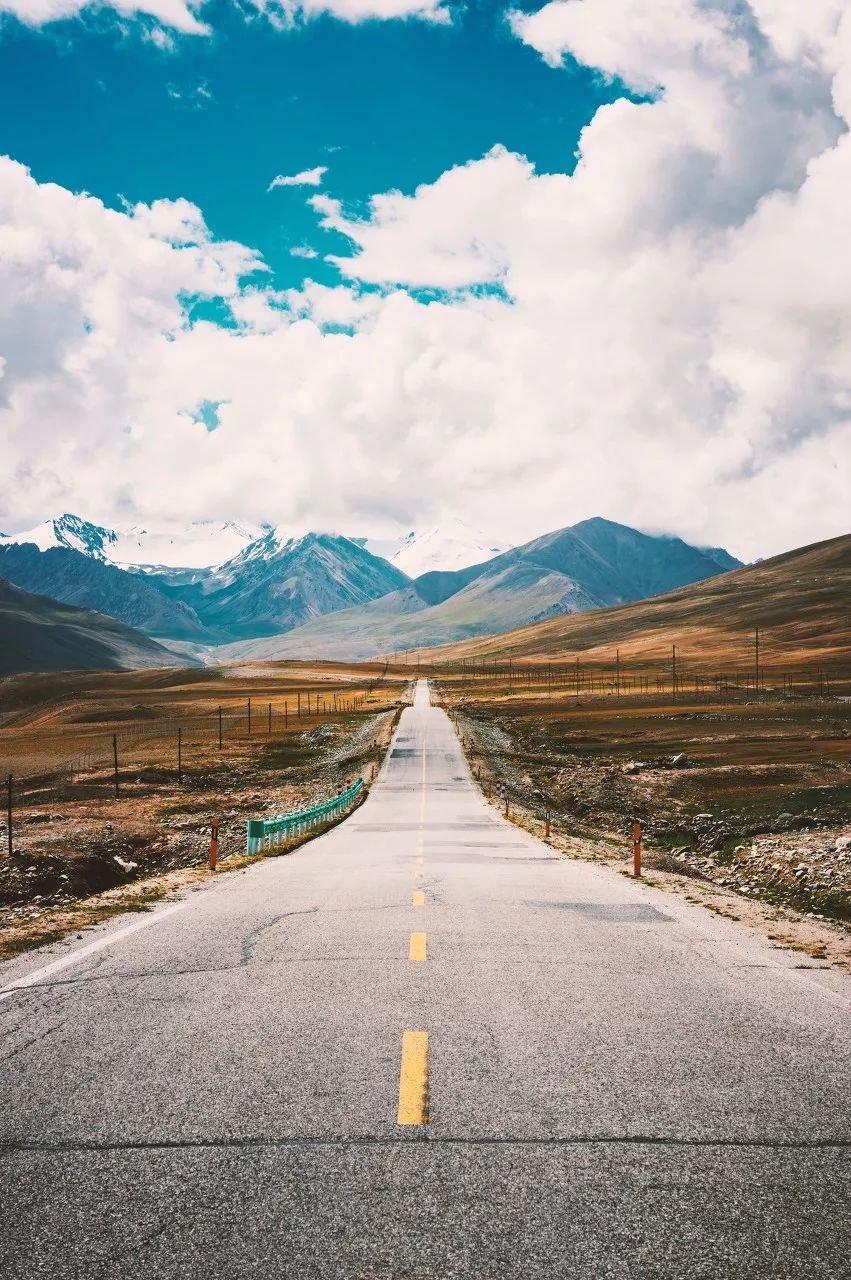 竖版新疆风景高清