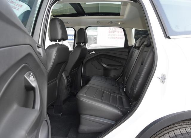 这款美系高配置的紧凑级SUV,降至14万值得买吗?