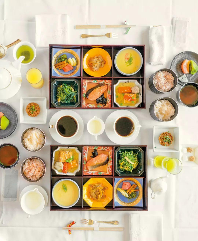 日式早餐:从米饭和味噌汤,到煎蛋卷与咖啡