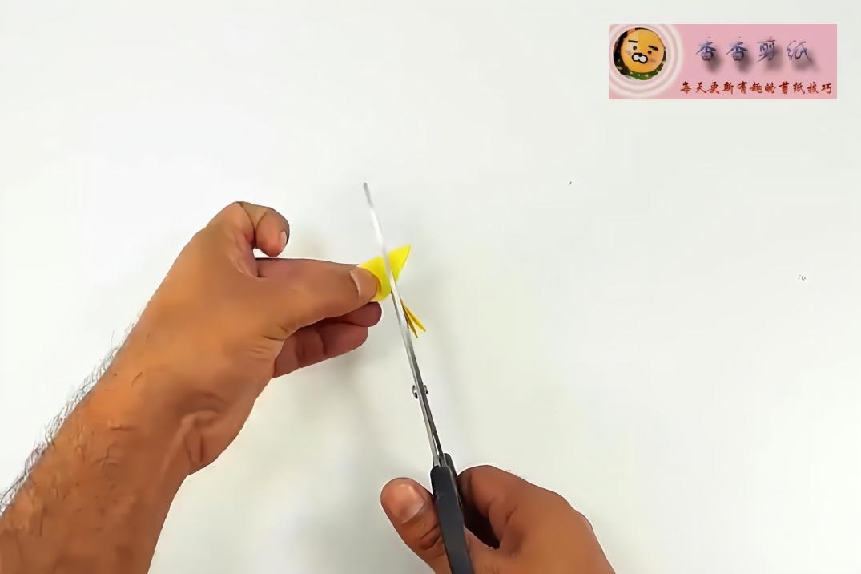 香香剪纸,折纸diy,手把手教你用彩纸制作薰衣草花