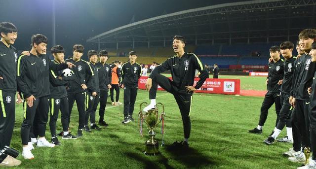 韓國球員贏球后的這個表現,遭潘粵明怒斥!網友:干得好!