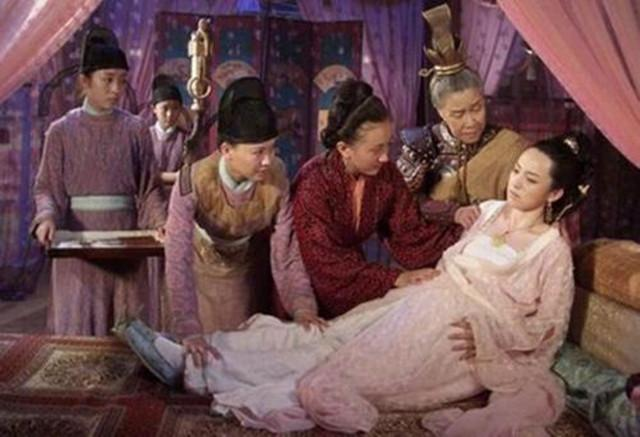 二婚女子入宫为皇后,权倾天下,被表彰:有吕后之才,无吕后之凶