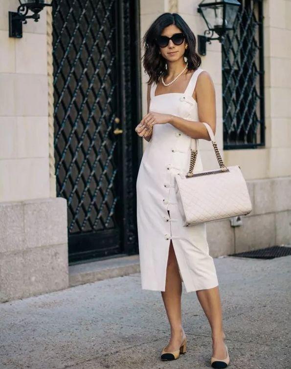 """新时髦,穿着""""法式裙""""去度假!"""