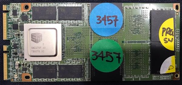 来见识下M.4 SSD!六核主控、最大容量16TB