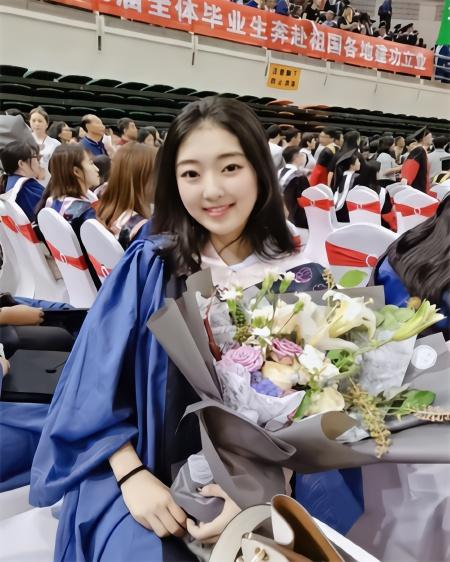 花滑女神李子君硕士毕业才23岁!