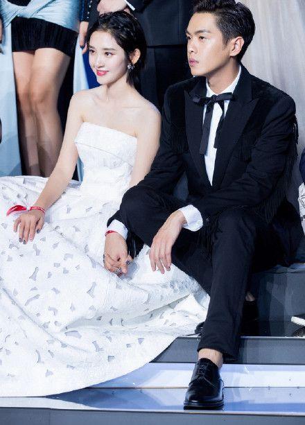 张若昀唐艺昕结婚,伴娘团伴郎团曝出,郭麒麟令人出乎意料