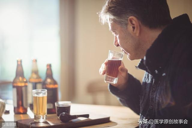 喝酒后四个症状不断出现,提示该戒酒了,若没有,恭喜你很健康