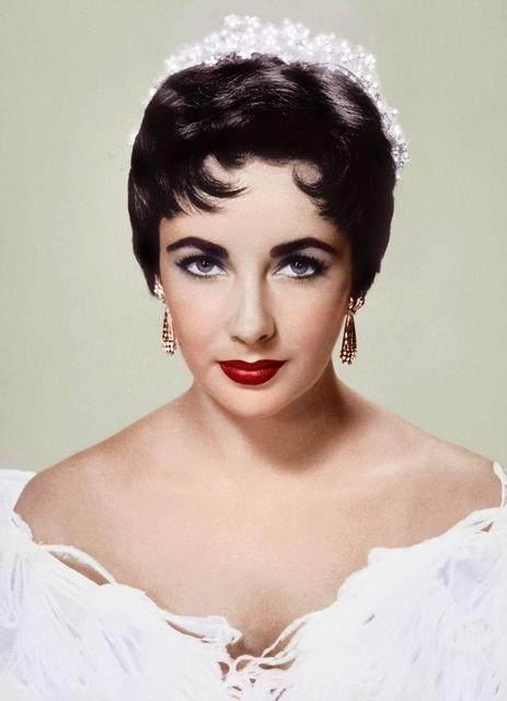 最美艳后伊丽莎白泰勒,一生拥有8次婚姻,还是个十足的珠宝控!