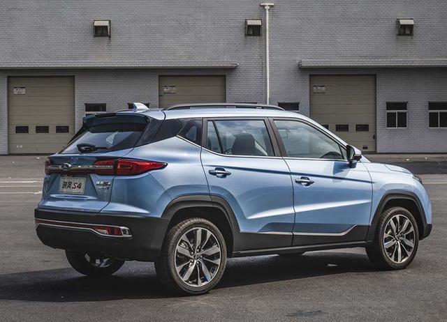 国六标准下火力升级,这三款自主小型SUV你更看好谁?