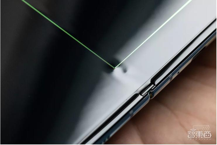 """三星Galaxy Fold 9月重新开售:""""五招""""改进折叠屏,以防屏碎"""
