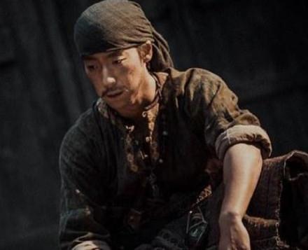 歌手转当演员,出道15年没火,《长安十二时辰》演曹破延催泪