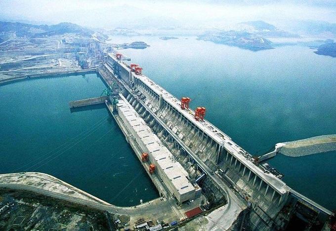 大禁地 中国有两大禁地,三峡大坝算是其中一个,另一个谁都不敢轻易乱碰