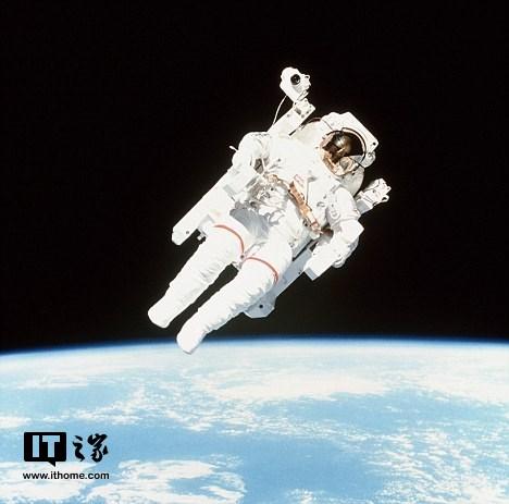 俄罗斯或将在明年恢复太空旅游服务,票价每人1亿美元