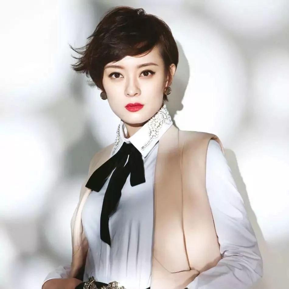 童瑶与章子怡长得太像 娱乐圈撞脸,宝石圈撞名