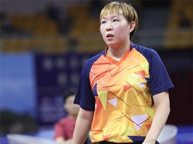 心疼!国乒世界第一输日本后惨遭3连败,央视直播罕有指出她不足