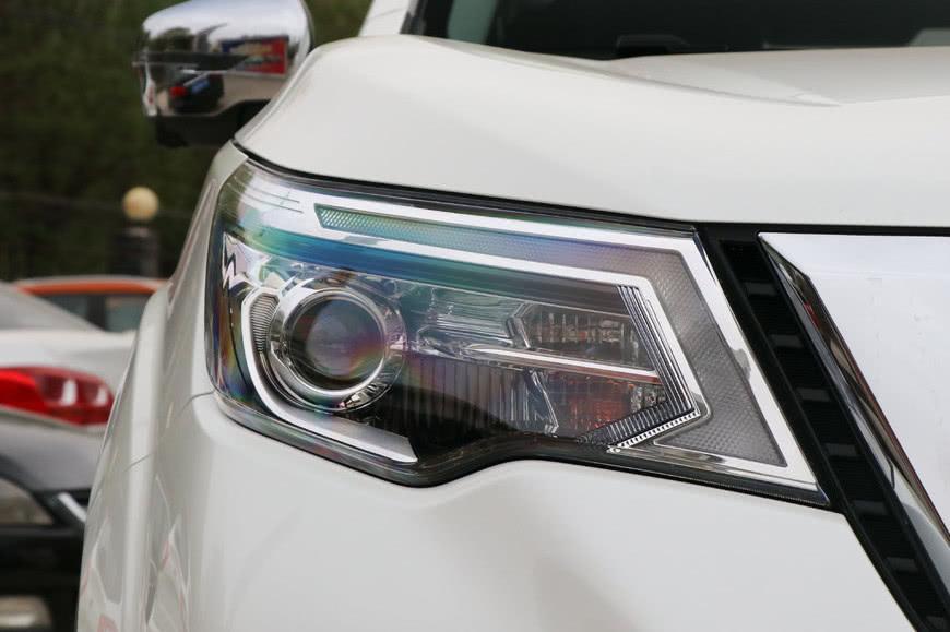 活在普拉多阴影下的好车,车长4米8充满霸道味,仅17万仍难卖