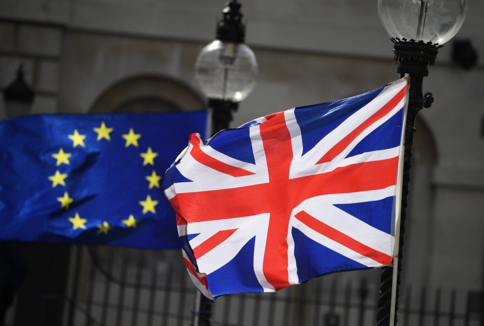 欧盟和美国的经济总量谁大_美国和欧盟